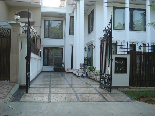 Interior design of colonial theme villa dlf ph 1 gurgaon for Architecture design for home in gurgaon